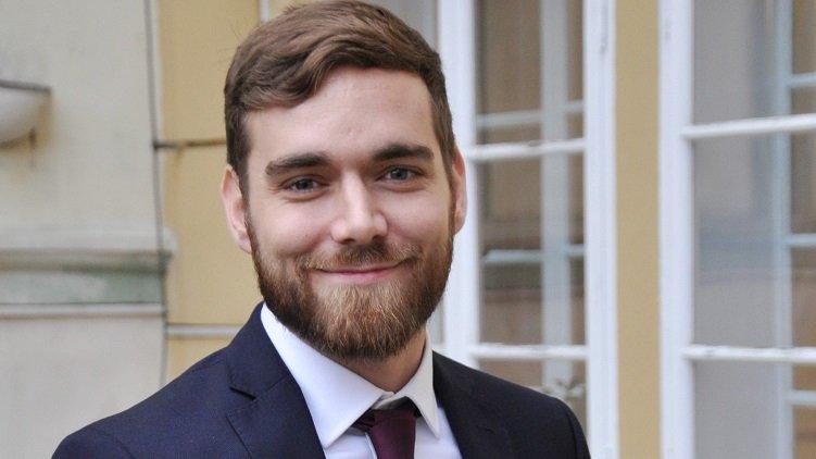 Komentář: Ani pět let od legalizace léčebného konopí nezajistil rezort zdravotnictví jeho dostupnost, říká Pirát Tomáš Vymazal