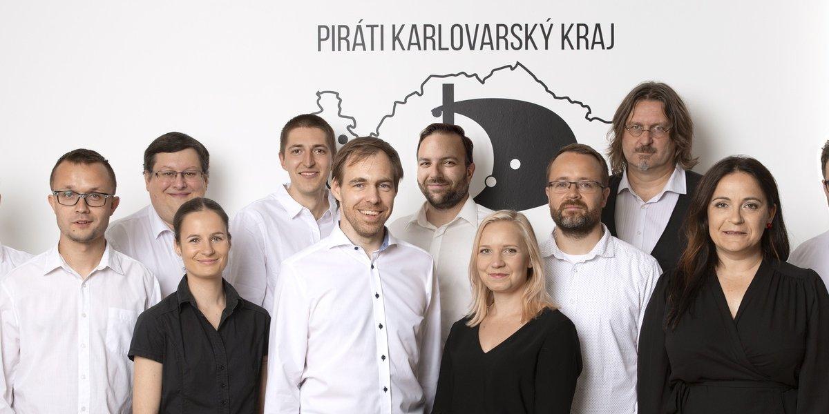 Piráti jsou vidět na kraji i v obcích