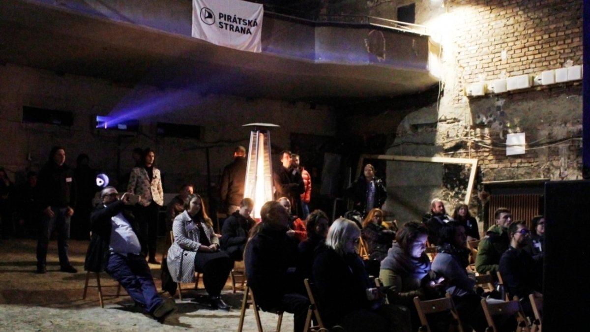 Piráti Libereckého kraje volili ve Varšavě