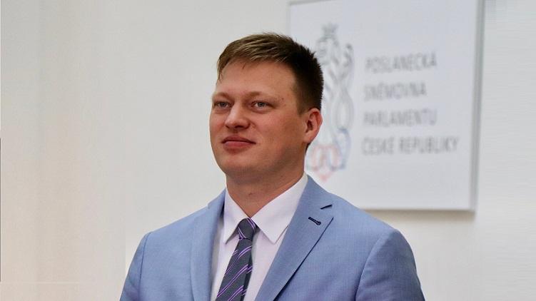 Pirát Černohorský pomohl starostům obcí v Beskydech: OKD začne připravovat likvidaci Dolu Frenštát