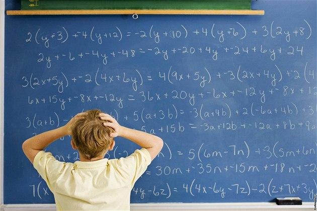 Arnoštovo okénko: Povinná maturita z matematiky. Ano či ne?