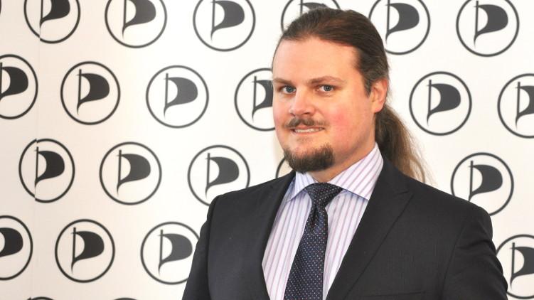 Mazur: Transparentnost je zásadní pirátskou hodnotou, pokud to koaliční partneři nepřijímají, koalice končí