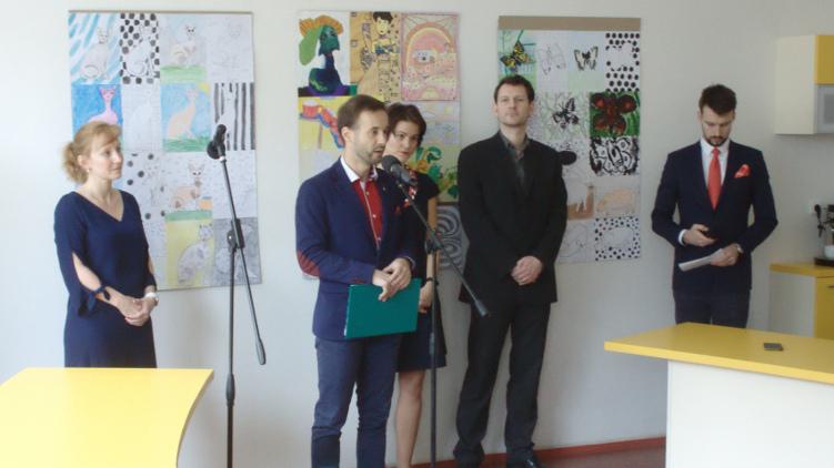 Den učitelů představitelé hlavního města Prahy oslavili symbolicky v ZŠ Mendelova