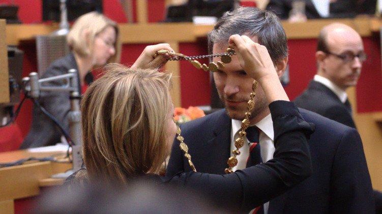 Zdeněk Hřib byl zvolen pražským primátorem. Piráti slaví