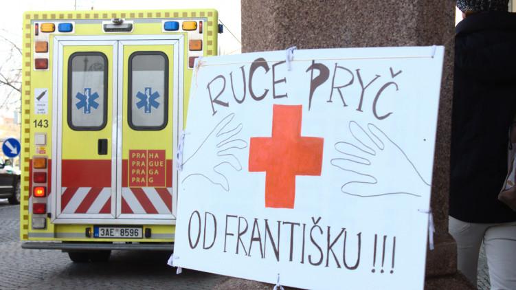 Vítáme záměr pražské Rady převzít provozování Nemocnice na Františku