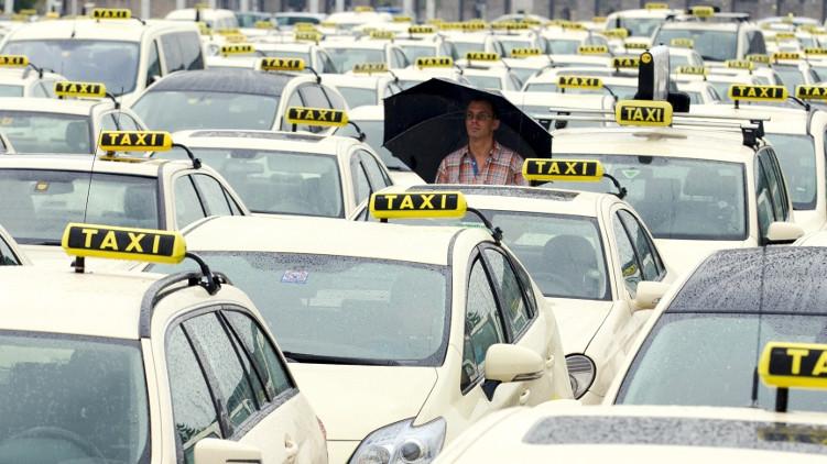 Piráti ke stávce taxikářů: je nutné uzákonit sdílenou ekonomiku