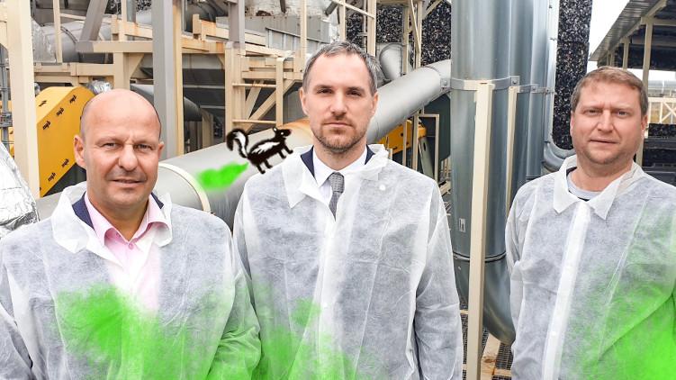Zdeněk Hřib a místopředseda výboru pro životní prostředí Tomáš Murňák navštívili továrnu Vafo v Chrášťanech