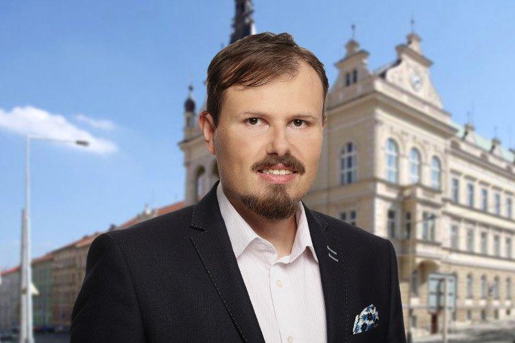 Piráti dementují: Koaliční smlouva v Praze 4 platí