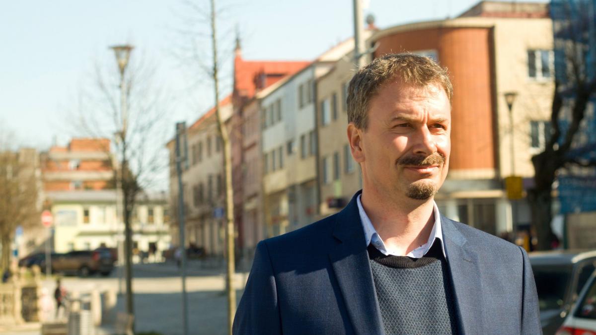 Lídr kandidátky Pirátů a Starostů Milan Daďourek ze zdravotních důvodů rezignoval