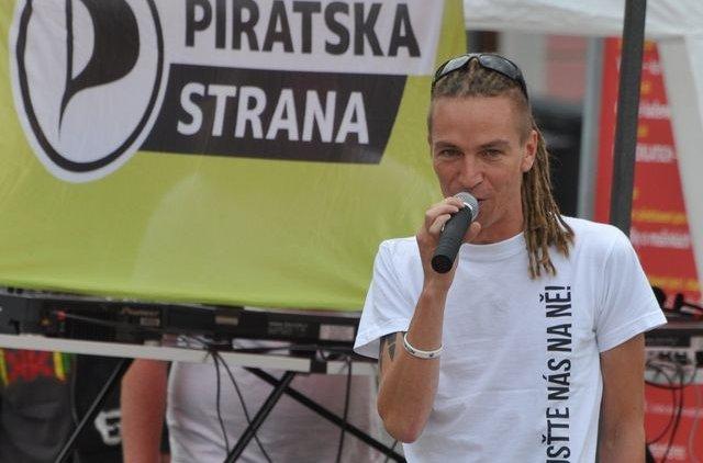 Ivan Bartoš přijede podpořit Piráty do šesti jihočeských měst