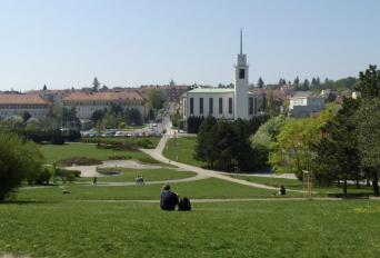 Chceme rozšíření parku na Kraváku!