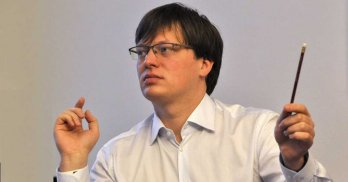 Stát odmítl podat žalobu, zříká se tak šance na vrácení bytů OKD, kritizuje šéf vyšetřovací komise Lukáš Černohorský