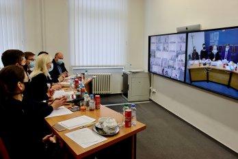 Středočeští radní jednali o vzájemné spolupráci s Prahou, priority vidí v dopravě, digitalizaci a školství